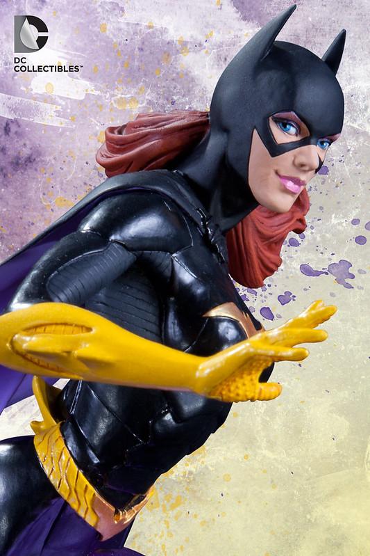 DC COMICS SUPER–HEROES: BATGIRL BUST