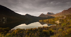 Cradle Mountain, Dove Lake ... Morning Light (Taha Elraaid) Tags: camera morning light mountain canon australia land tas taha cradle cradlemountain canoneos5dmarkiii elraaid tahaphotography tahaelraaid dovelakemorninglight