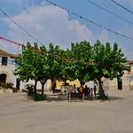 Plaça Major, o nucli antic de Pacs del Penedès thumbnail