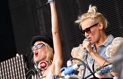 Creamfields 2012 - Nervo (charlie raven) Tags: uk music festival canon lights dance dj smoke crowd cream tent nightclub rave edm 2012 creamfields daresbury mixmag nervo