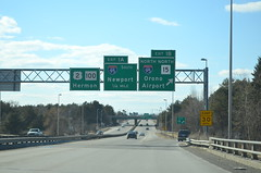 DSC_0063 (I.C. Ligget) Tags: road signs green sign big bangor maine dot transportation freeway interstate guide expressway 95 department brewer i95 395 i395 mainedot