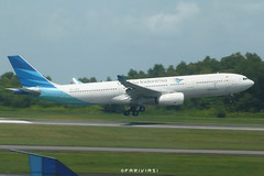 Garuda Indonesia A330-341 PK-GPD (fakhrizainar) Tags: airport airbus a330 balikpapan a330300 skyteam garudaindonesia sepinggan