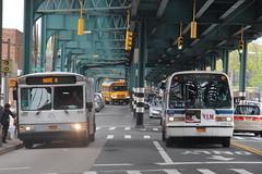 IMG_7506 (GojiMet86) Tags: mta white plains company sound transit nyc new york city bus buses 1998 1999 gillig phantom t80206 rts 950 4974 9060 hutchinson metro center shuttle bx22 westchester east tremont avenue 15gcd2117x1089616