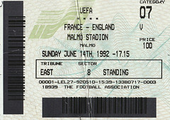 Euro 92 (Mike Turner of England) Tags: euro1992 sweden englandvfrance football