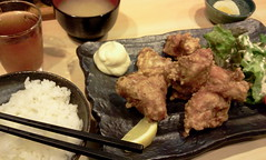 Karaage (deep-fried chicken) lunch set from Kuchan @ Ichigaya (Fuyuhiko) Tags: from chicken set lunch tokyo    deepfried ichigaya   karaage kuchan    flickrandroidapp:filter=none