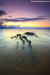 Last light (Joserra Irusta) Tags: longexposure sunset seascape beach clouds reflections landscape atardecer rocks playa paisaje nubes rocas paisvasco reflejos canon1740f4l largaexposicion flysch estratos joserrairusta stunningskies canoneos5dmkii wwwjoserrairustacom wwwnorthphototourscom