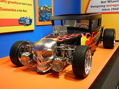 Bone Shaker (Pandora-no-hako) Tags: black car museum toy skull indianapolis indiana hotwheels childrensmuseum 2012 flamejob hotwheelsforreal