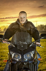 Fz1000 (2) (Leandro Sabater) Tags: sunset argentina bike nikon dusk motorbike motorcycle yamaha 1000 fazer mardelplata strobe superbike strobist d7000 fz1000