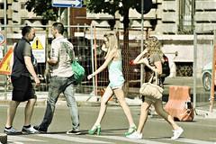 Quasi una citazione (Toni Monroe) Tags: life street people italy milan canon reflex milano abbeyroad piazzacastello piazzacairoli