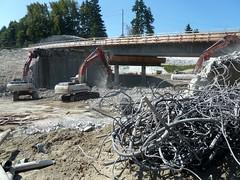 Twisted rebar and concrete rubble (WSDOT) Tags: construction ar demolition recycling bellevue sr520 wsdot washingtonstatedepartmentoftransportation concreterubble eastsidetransitandhovproject eastsideproject sr520bridgereplacementandhovprogram twistedrebar