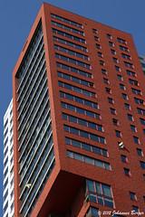 Montevideo, Rotterdam (Johannes Berger) Tags: skyscraper canon eos rebel rotterdam thenetherlands montevideo xti 400d eos400d canonrebelxti canoneos400ddigital