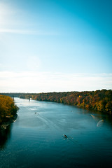 Mississippi River | Franklin Ave. (roysonphoto) Tags: autumn fall river minneapolis bank mississippiriver