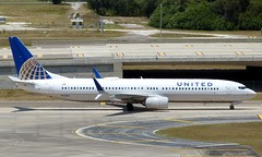 United - N61886 - B737-924ER (Charlie Carroll) Tags: tampa florida tampainternationalairport ktpa