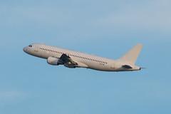 SmartLynx / A320 / ES-SAK / EBBR 07R (_Wouter Cooremans) Tags: airplane aviation spotting bru a320 zaventem ebbr brusselsairport spotter airplanespotting avgeek 07r essak smartlynx