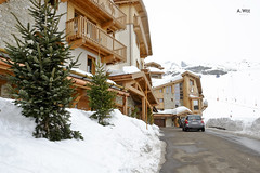 Driveway to the hotel (A. Wee) Tags: france hotel pashmina valthorens   lerefuge