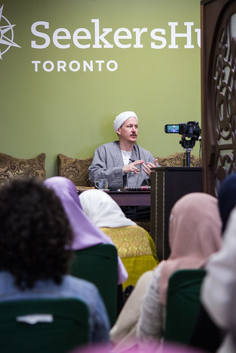 "Shaykh Yahya Rhodus at SeekersHub, Toronto and Seminar Series: Worship, Coffee and The Meaning of Life • <a style=""font-size:0.8em;"" href=""http://www.flickr.com/photos/88425658@N03/26805677816/"" target=""_blank"">View on Flickr</a>"