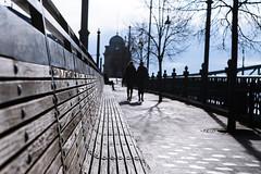 Budapest (JoHeyFotografie) Tags: morning people urban bench wooden leute bank menschen benches laterne holz morgen parkbank gelnder gehweg sitzbank spazieren spaziergnger lehne gehwegplatte rckenlehne fusgngerzone fusweg budapest2016