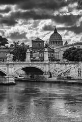 Roma (Nakazuchi) Tags: bw roma fotografia sanpietro biancoenero