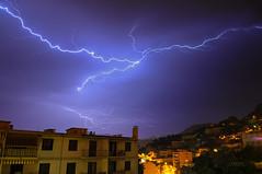* Surprise nocturne * (-ABLOK-) Tags: storm france rain weather night clouds nice orage lighning electrique clair foudre oragemai2016