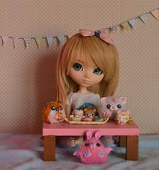 Yumi's Tea time (-gigina-) Tags: cute doll tea handmade plushie pullip yumi rozen maiden coolcat shinku obitsu rewigged tinkerbellskawaii