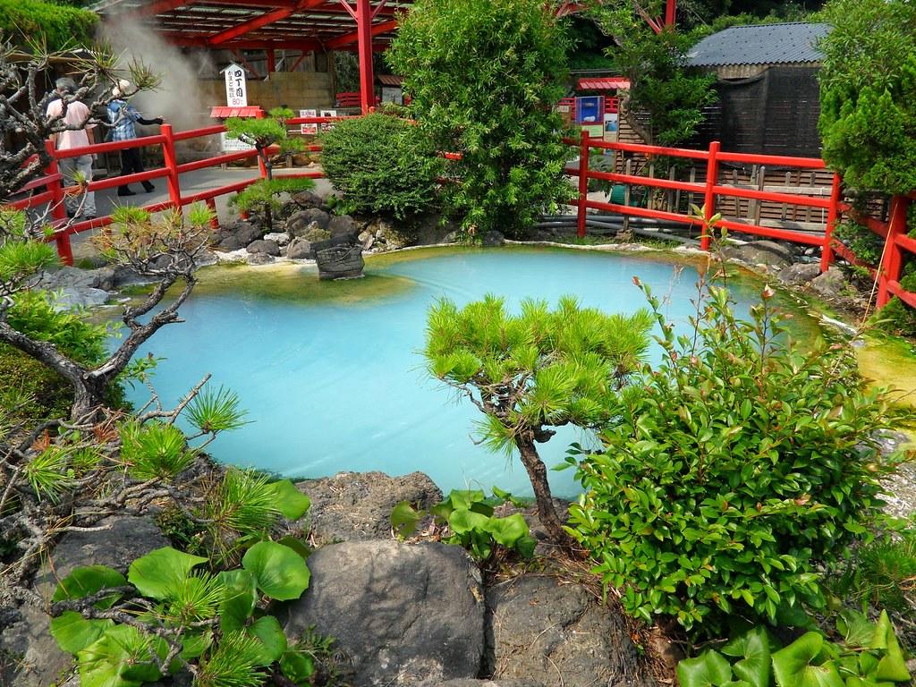 Image result for Địa ngục biển xanh Umi Jigoku