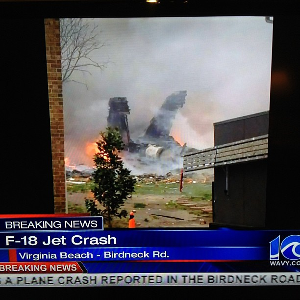 :( jet crash near us, in Virginia beach