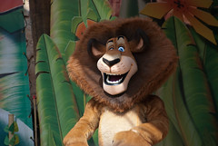 Alex (Snoop Baggie Bag) Tags: 2012 chessington madagascarshow