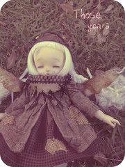 Blurry days (Purple  Enma) Tags: park sleeping espaa up grass ball spain flora doll dolls yo meeting faceplate andalucia dreaming sd cordoba bjd fl resin acerola fp fairyland meet steampunk jointed ltf littlefee