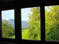 La finestra sul...  -  The window on... (Cristina 63) Tags: trees sky italy mountain verde green window nature alberi europa europe italia view natura finestra cielo montagna paesaggio altoadige southtyrol suedtirol renon ritten oberbozen soprabolzano mariaassunta mariahimmelfahrt holiday2011 vacanze2011
