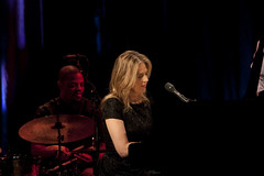 Diana Krall at American Music Theatre (American Music Theatre) Tags: livemusic diana liveperformance krall dianakrall americanmusictheatre