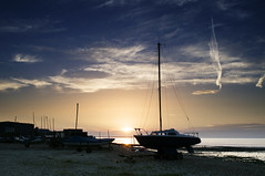 England: Whitstable, Kent (ovofrito) Tags: ocean uk inglaterra blue sunset summer england sky beach nature clouds boats kent nikon gb whitstable d300s