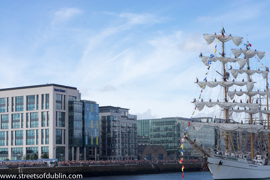 The Cuauhtémoc (Mexico) Sets Sail From Dublin - Sunday 26th. August