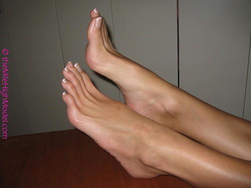 Large sexy feet