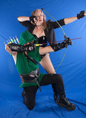 20101111-IMG_3261 (Chip York Photography) Tags: party black green nerd comics dc costume geek legs cosplay vinyl fishnet blond bow arrow canary