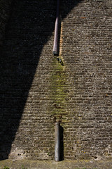 "discendenza interrotta   #morrodalba #italy #clod #giornatedifotografia #sensi #enricoprada #canon #mura #shadows #ombre (claudio ""clod"" giuliani) Tags: italy canon clod sensi morrodalba giornatedifotografia"