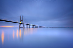 The silence of lights (FredConcha) Tags: portugal river landscape lights nikon silence lee tejo tagusriver pontevascodagama pvg vascodagamabridge morng bigstopper fredconcha