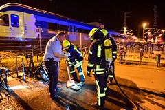 RHN, Fahrzeugbrand (keb_fotografie) Tags: fotografie bahnhof db nrw brand feuer feuerwehr polizei wache motorroller keb rheine freiwillige brandeinsatz kleinkraftrad fahrzeugbrand hauptamtliche