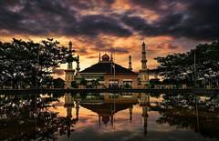Selamat menunaikan ibadah shalat magrib. Mari kita tinggalkan sejenak urusan dunia  . . #repost Photo by : @adhani27 . . #masjid #magrib #albantani #kp3b #serang #kotaserang #sholat #ibadah #Banten #indonesia. . http://kotaserang.net/1BFtNAa (kotaserang) Tags: by indonesia photo mari  kita masjid repost selamat dunia serang magrib ibadah shalat sholat banten albantani menunaikan urusan sejenak kp3b kotaserang tinggalkan instagram ifttt httpkotaserangcom adhani27