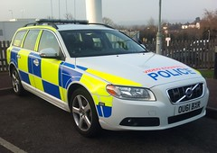 HERTS TRAFFIC (NW54 LONDON) Tags: police 999 v70 policecars emergencyvehicle volvov70 trafficcar hertfordshirepolice ou61bxr