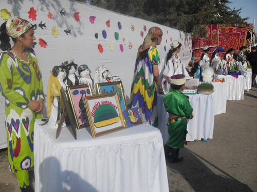 В Курган-тюбе отмечают Навруз (17)