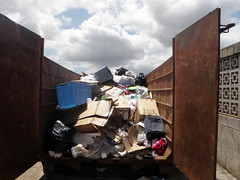DumpsterDiving053 (usaghawaii) Tags: conservation environment recycling sustainability dumpsterdiving earthmonth directorateofpublicworks usarmygarrisonhawaii