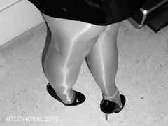 R0012346 (nylongrrl) Tags: feet shiny highheels arch shine legs tights glossy upskirt heels gloss heel satin stiletto ph ankle pantyhose nylon anklet nylons collant 6inch archsatin