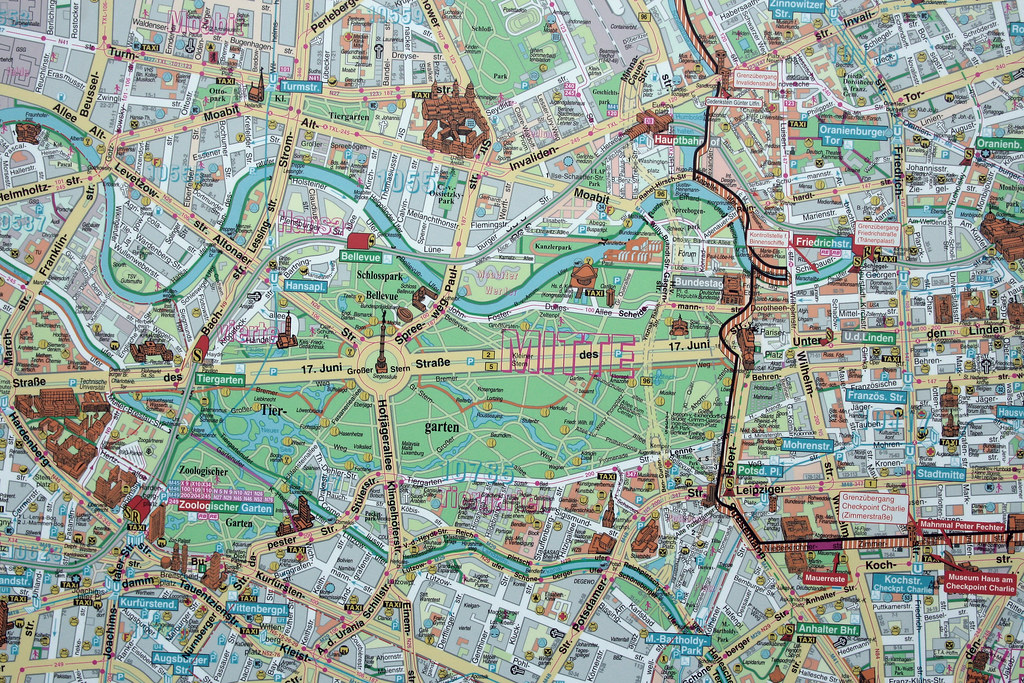 The Worlds Best Photos Of Gdr And Map Flickr Hive Mind - Map of divided berlin