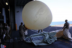 Balloons transmit to Jets Lofted-Comms (ZIIMCM) Tags: balloons for communication information assistance deployed gather centres transmiision grtb601 targetiing