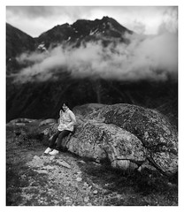 Mae am Julierpass (FRAMA-Photo) Tags: blackandwhite mountains alps clouds nikon 85mm wolken stormy berge alpen nikkor schwarzweiss d800 julierpass strmisch d800e
