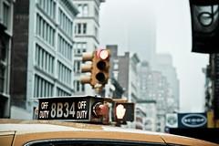 New York facets - Off duty (_Franck Michel_) Tags: roof cloud yellow jaune cab taxi nuage toit desat