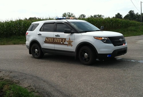 Sheriffon Ford Crown Victoria Police Interceptor Unmarked
