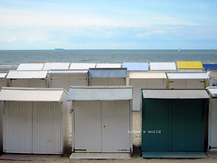 BE_cabanes (kakna's world) Tags: beach belgium belgique huts northsea plage beachhuts merdunord flanders flandres cabanons