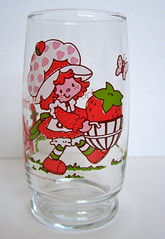 Strawberry Shortcake Collectible Glass 1980 American Greetings (Blonde Savage) Tags: red glass vintage toy strawberry cartoon housewares retro collectible etsy 1980s strawberryshortcake glassware americangreetings blondesavage