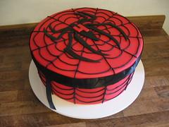 Bolo Homem Aranha (Confetti & Cupcakes) Tags: cake bar spider cupcakes high mini confetti evento beb bolo casamento convite festa aniversrio ch aranha marmita drika homen monter personalizados novaes gostosos decorados